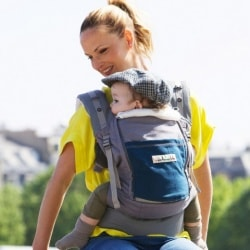 babywearing during very hot sunny weather