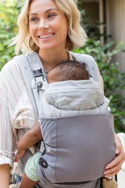 Infantino In Season  All-weather carrier with 5 layering options temperate days