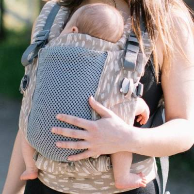 Love & Carry ONE+ Cool Newborn Baby Carrier Sand mash panel