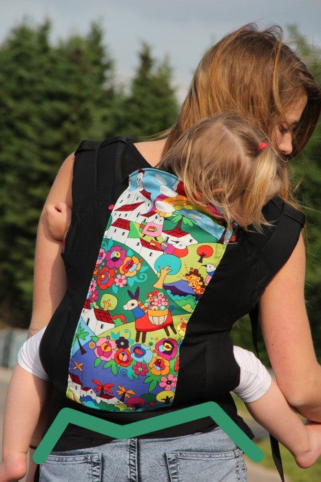 Rose And Rebellion Preschool Carrier spread-squat M-position